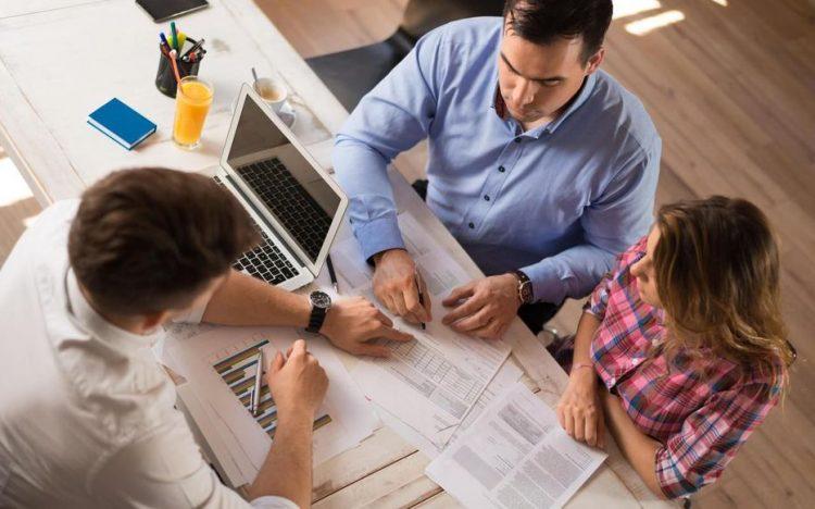 La différence entre le rachat de crédit et la renégociation de prêt immobilier